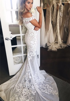 Off The Shoulder Sheer Tulle Bride Dress 2018 Lace Appliques Mermaid Buttons Wedding Dress