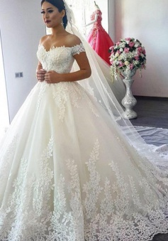 A-Line Applique 2018 Off The Shoulder Lace Wedding Dress