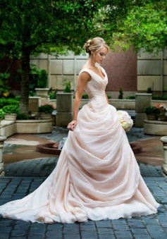 Pink V-Neck Ball Gown Bridal Dresses Sleeveless Ruffles Elegant 2018 Wedding Dresses