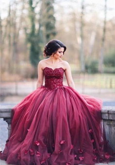 Burgundy Puffy Tulle 3D-Floral Evening Gowns Sweetheart Appliques Ball Gown Wedding Dress 2018