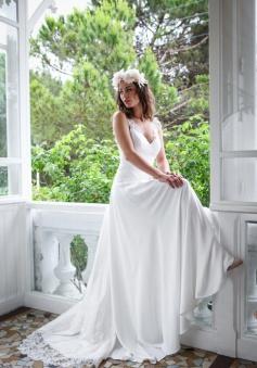 A-Line Lace Summer Beach Weddding Dresses Open Back Sleeveless 2018 Bridal Gowns