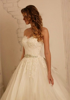 Sweetheart 2018 Lace Wedding Dresses Online Tulle Crystals Belt Dresses for Wedding