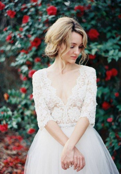 V-Neck Half Sleeve Lace Summer Wedding Dress Elegant Tulle 2018 A-Line Bridal Gowns