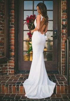 2018 Sexy Mermaid Wedding Dress Outdoors Backless Sleeveless Summer Bridal Gowns Cheap