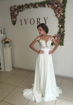 Short Sleeve A-Line Chiffon Summer Wedding Dresses Split Lace Applique Beach Bridal Gowns BA3033