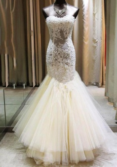 Gorgeous Mermaid Sweetheart Wedding Dress Lace Applique 2018 Bridal Gown with Long Train CE0159