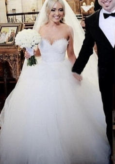 Gorgeous Sweetheart Lace Ball Gown Princess Dress Tulle Custom Made Bridal Gown BA6585