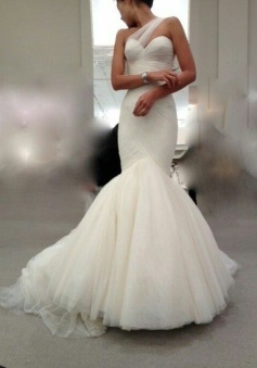 Hot Sale One Shoulder Mermaid Wedding Dress Sexy Tulle Bridal Gown BA4766