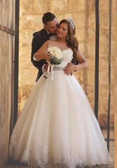 A-Line Crystal Floor Length Bridal Dress Crew Neck Plus Size 2018 Lace Wedding Dresses
