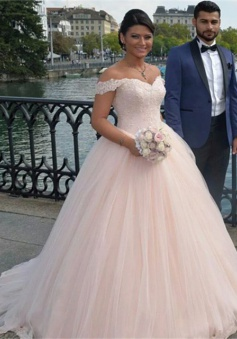 Latest Off Shoulder Ball Gown Princess Dress Tulle Lace Applique 2018 Wedding Dress
