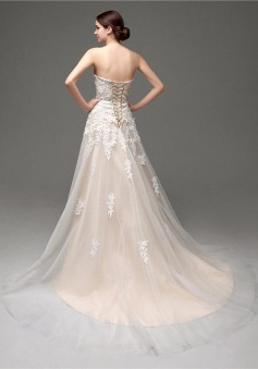A-Line Champagne Sweetheart Lace Wedding Dress New Arrival Lace-Up Bridal Gown