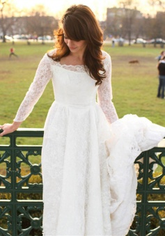 A-line Elegant Long Sleeve Lace Wedding Dress New Arrival Sweep Train Bridal Gowns