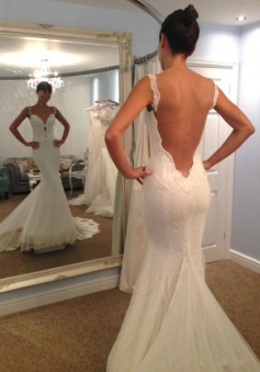 Vintage Spaghetti Strap Mermaid Backless Bridal Gown Sexy Trumpet Lace Plus Size Wedding Dress