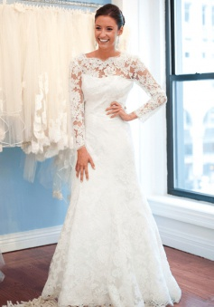 A-Line Lace Sweep Train Bridal Gown with Chain Popular Open Back Plus Size Wedding Dresses