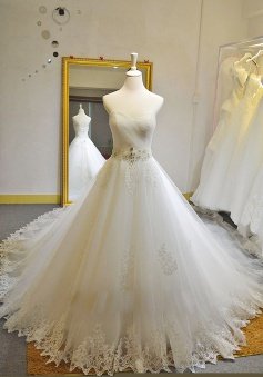 Sweetheart Tulle Court Train Bridal Gown with Beadings White Lace  Custom Made Wedding Dress