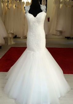 Elegant White Mermaid Lace Wedding Dress Sexy Open Back Floor Length Bridal Gown