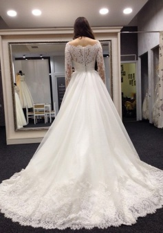 Lace Vestidos De Noiva Plus Size Wedding Dresses Long Sleeve Scoop Neck Bridal Gown with White Veil