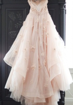 Elegant Spaghetti Strap Tulle Applique Long Wedding Dress In Pink CJ0319