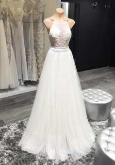 Halter White Sheer Summer Wedding Dresses Sexy Open Back Beach Wedding Reception Gowns For Brides