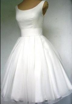 Vintage Crew Neck Tulle Beach Mini Short Wedding Dress