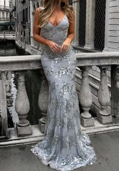 Floor-length Spaghetti Strap Sheath/Column V-neck Tulle Glitter Plain Prom Dresses
