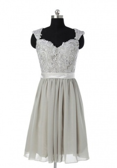 Generous Scoop Sleeveless Knee-Length Grey Bridesmaid Dress with Appliques Sash