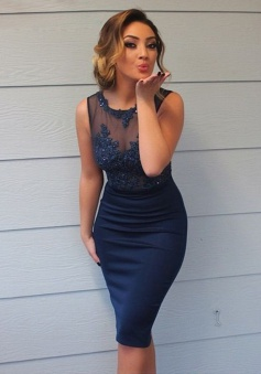 Stylish Scoop Sleeveless Sheath Navy Blue Bridesmaid Dress with Appliques Beading