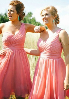 Simple One-shoulder Ruched Chiffon Mini Pink Bridesmaid Dress