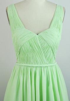 Elegant Sweetheart Ruched Short Mint Green Chiffon Bridesmaid Dress