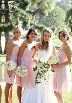 Elegant Sweetheart A-line Short Pink Chiffon Bridesmaid Dress