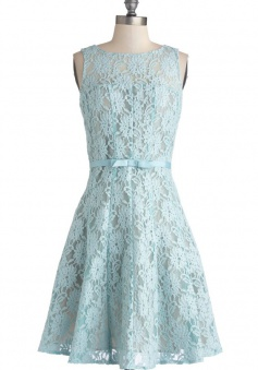 A-line Scoop Sleeveless Knee-length Lace Bridesmaid Dress