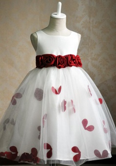 Cute Square Sleeveless Knee-Length White Flower Girl Dress with Handmand Flowers