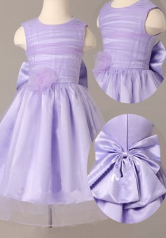 Simple Jewel Sleeveless Knee-Length Lilac Flower Girl Dress with Bowknot