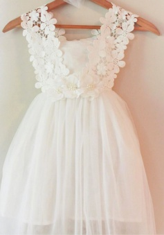A-Line V-Neck Knee-Length Sleeveless Ivory Chiffon Flower Girl Dress with Lace Flowers