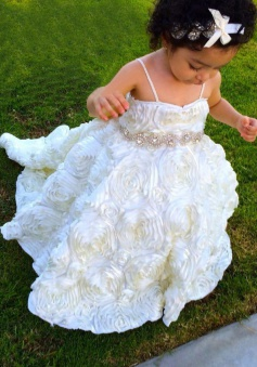 A-Line Spaghetti Straps White Organza Flower Girl Dress with Bowknot Beading
