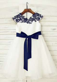 A-Line Jewel Cap Sleeves White Flower Girl Dress with Appliques