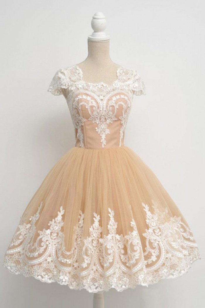 e11b7b0dc14 Vintage Ball Gown Cap Sleeves Champagne Prom homecoming Dress With  Appliques 0