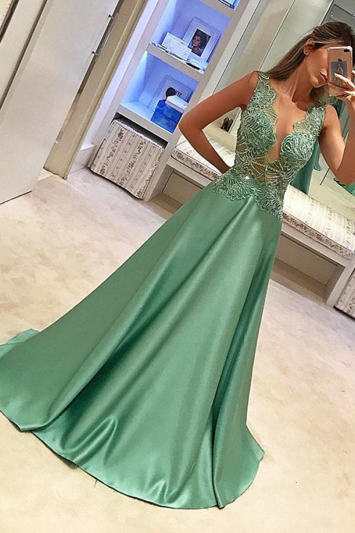 a78e25cbf2ffc A-Line Crew Sleeveless Sweep Train Green Satin Prom Dress with Appliques  Beading 0