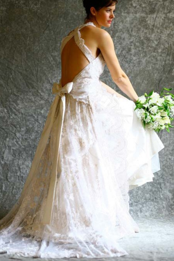 Gorgeous A-line Halter Neck Backless Bow Lace Wedding Dress with ...