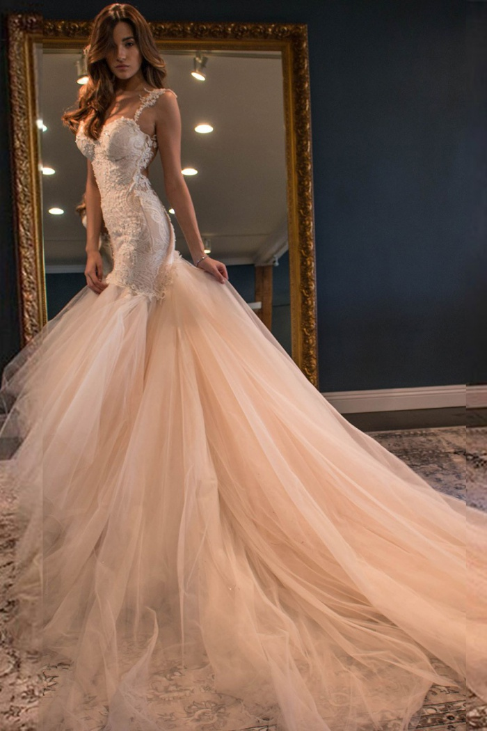 Elegant Mermaid Sweetheart Watteau Train Backless Peach Wedding Dress With White Lace 0