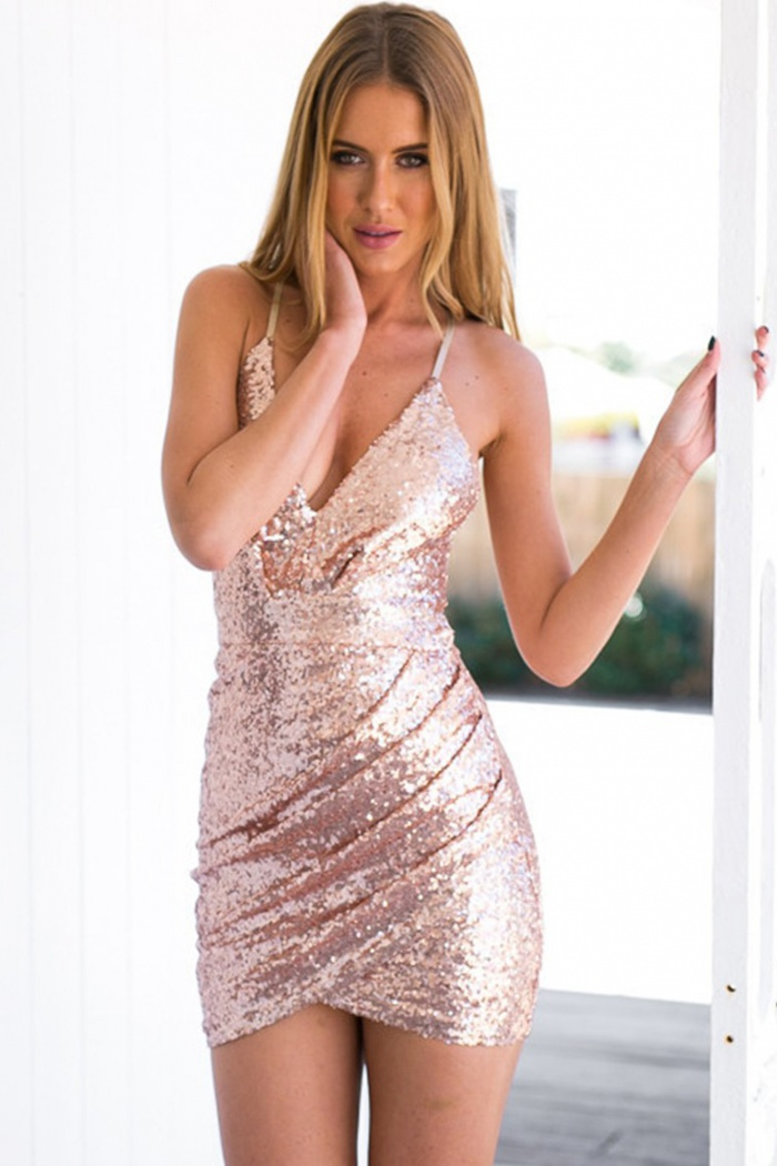 3cff33a3298 Sheath Spaghetti Straps Short Pink Sequined Homecoming Dress with Hollow 0