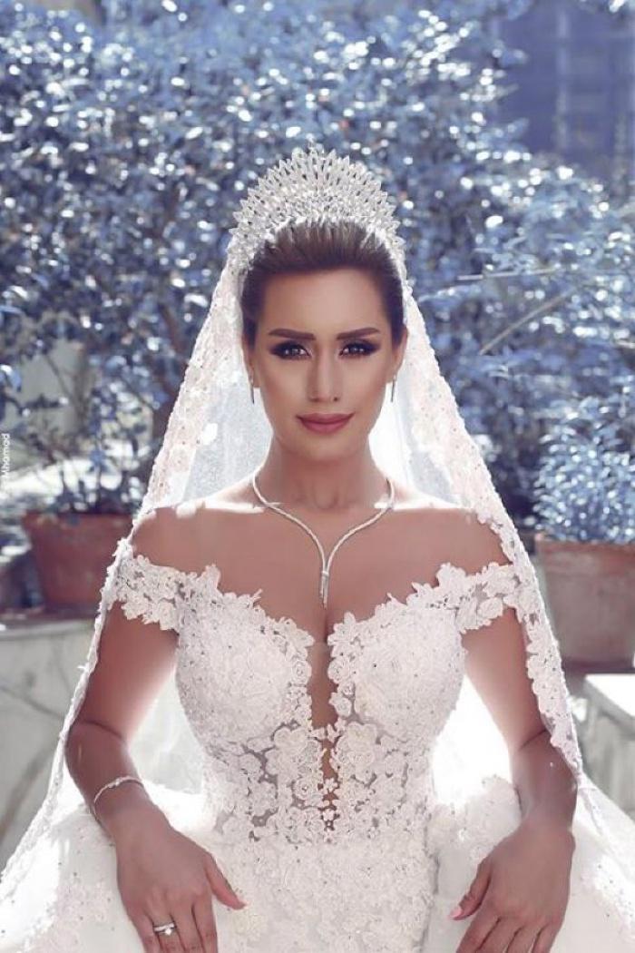 2018 V-neck Off Shoulder Wedding Dresses Lace Ball Gown Bridal Gowns ...