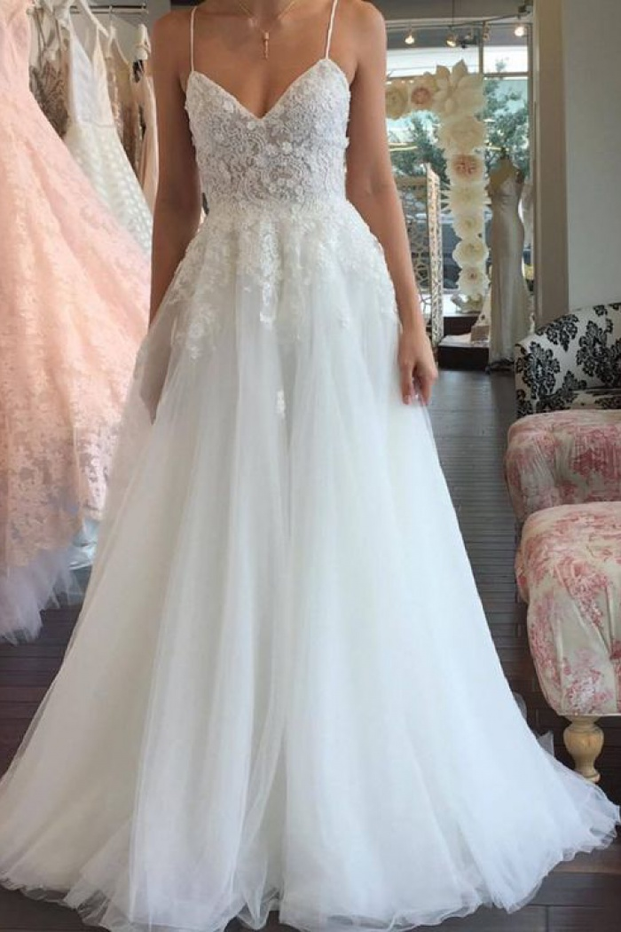 A-line Romantic Tulle Lace Sleeveless Spaghetti-Strap Wedding Dress ...