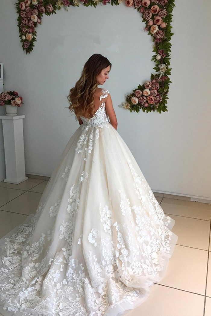 Appliques Lace Floor Length Ball Gown 2018 Backless Court-Trian ...