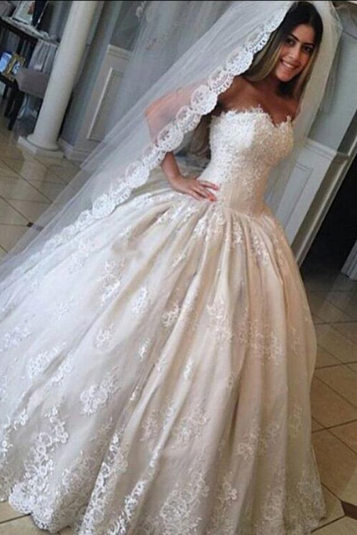 Ball Gown Gorgeous Sweetheart Lace Bride Dress Princess 2018 Wedding ...