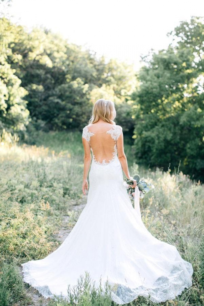 2018 Lace Sheer Mermaid Backless Country Wedding Dresses
