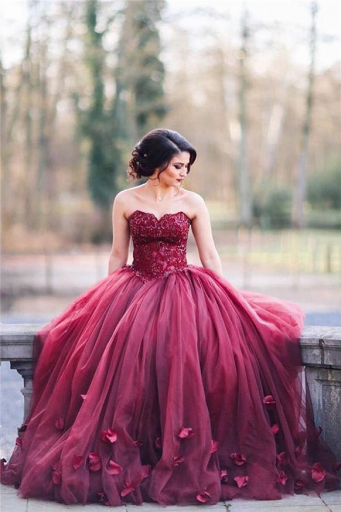 Burgundy Puffy Tulle 3D-Floral Evening Gowns Sweetheart Appliques ...