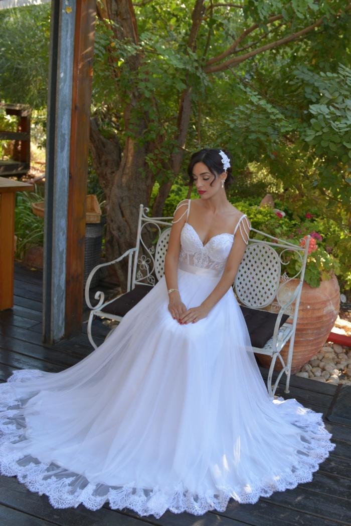 03faaa25e28d76 2018 Beading Straps Wedding Dresses A Line Lace Vintage Bridal Dress Long 0