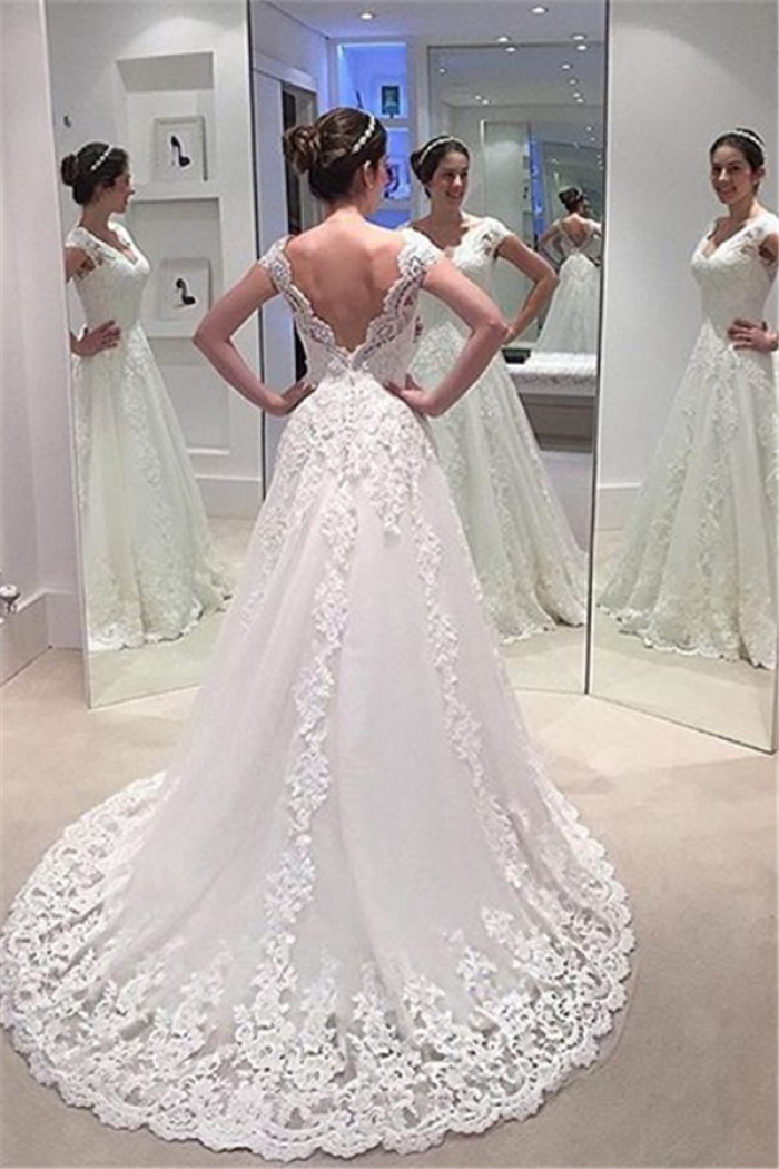 Lace Wedding Dresses with Trains
