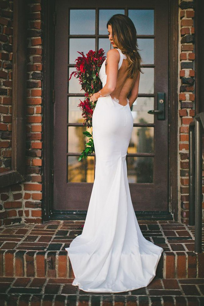 2018 Y Mermaid Wedding Dress Outdoors Backless Sleeveless Summer Bridal Gowns 0